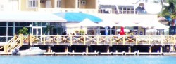 The Outrigger Bar - The Parade Hotel - Carnarvon Accommodation