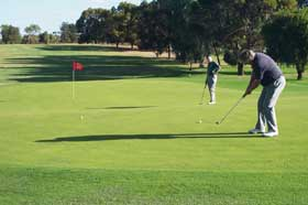 Waikerie Golf Club - Carnarvon Accommodation