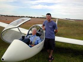 Waikerie Gliding Club - Carnarvon Accommodation