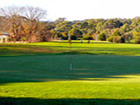 Oakbank Golf Club - Carnarvon Accommodation