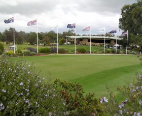 Tocumwal Golf Club - Carnarvon Accommodation
