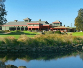 ClubCatalina Country Club - Carnarvon Accommodation