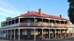 Brookton Club Hotel - Carnarvon Accommodation