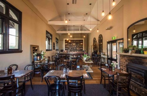 Union Bank Wine Bar - Carnarvon Accommodation