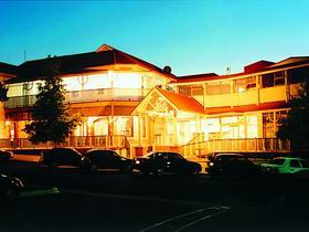 Loxton Community Hotel Motel - Carnarvon Accommodation