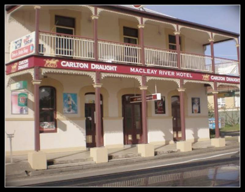 Macleay River Hotel - Carnarvon Accommodation