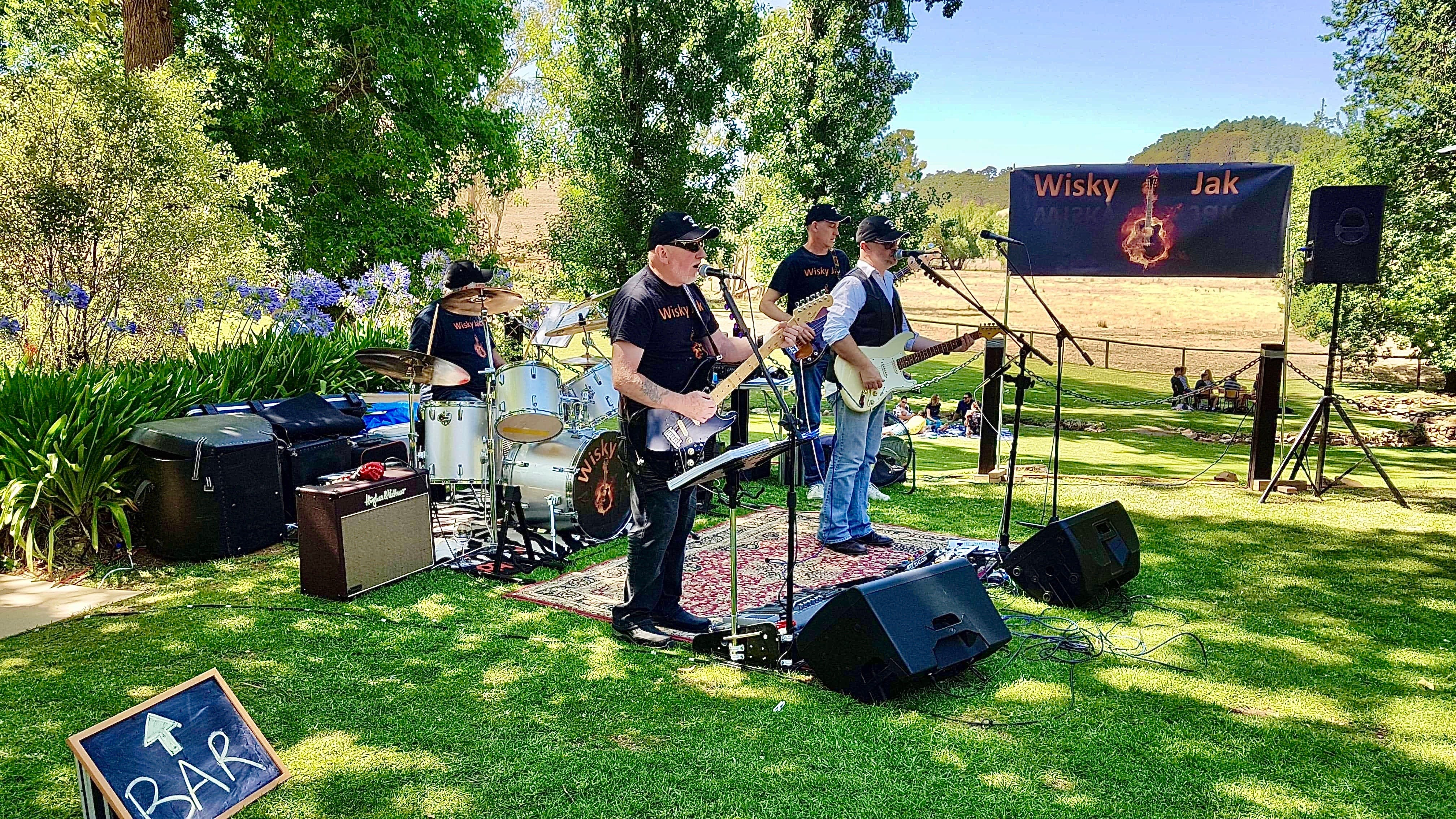 Angas Plains Wines Live in the Vines with the band -Wisky Jak - Carnarvon Accommodation