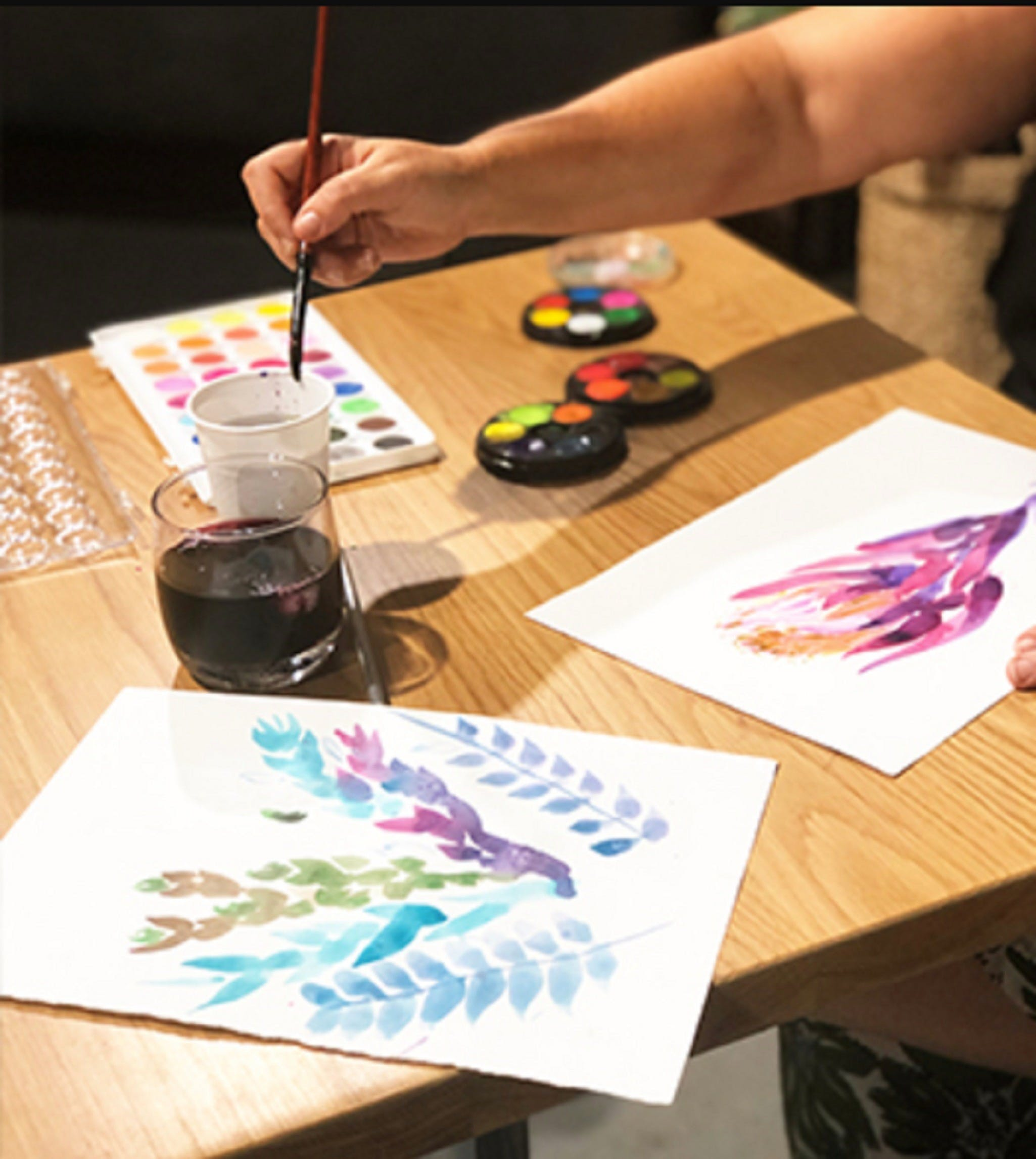 Paint and Sip Class Watercolour and Wine - Carnarvon Accommodation