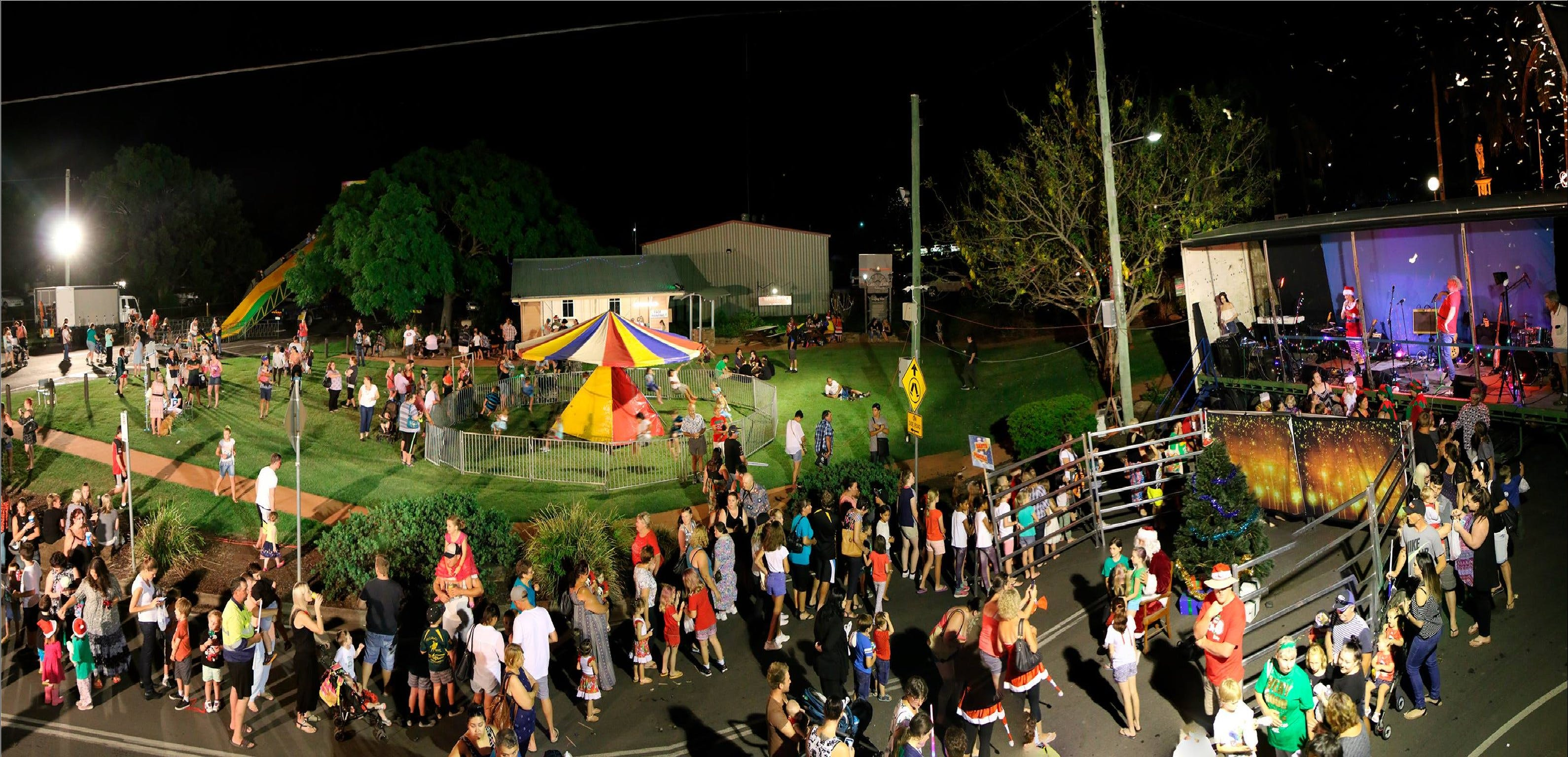 Forest Hill Christmas Festival - Carnarvon Accommodation