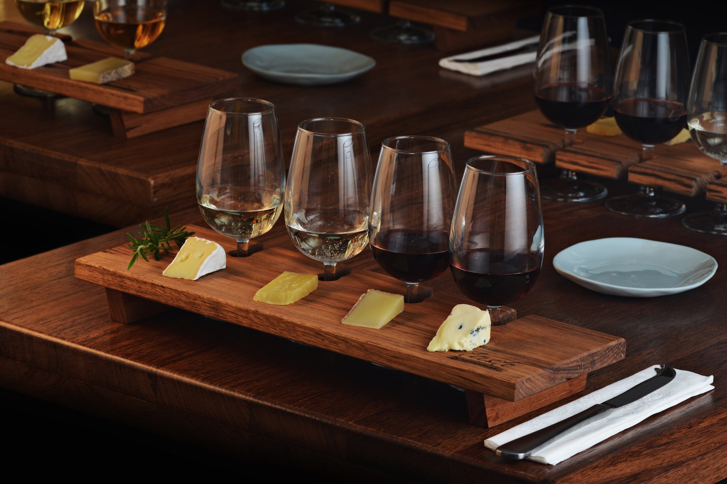 Taste Yarra Valley - Tasting Flights wine and cheese - Carnarvon Accommodation