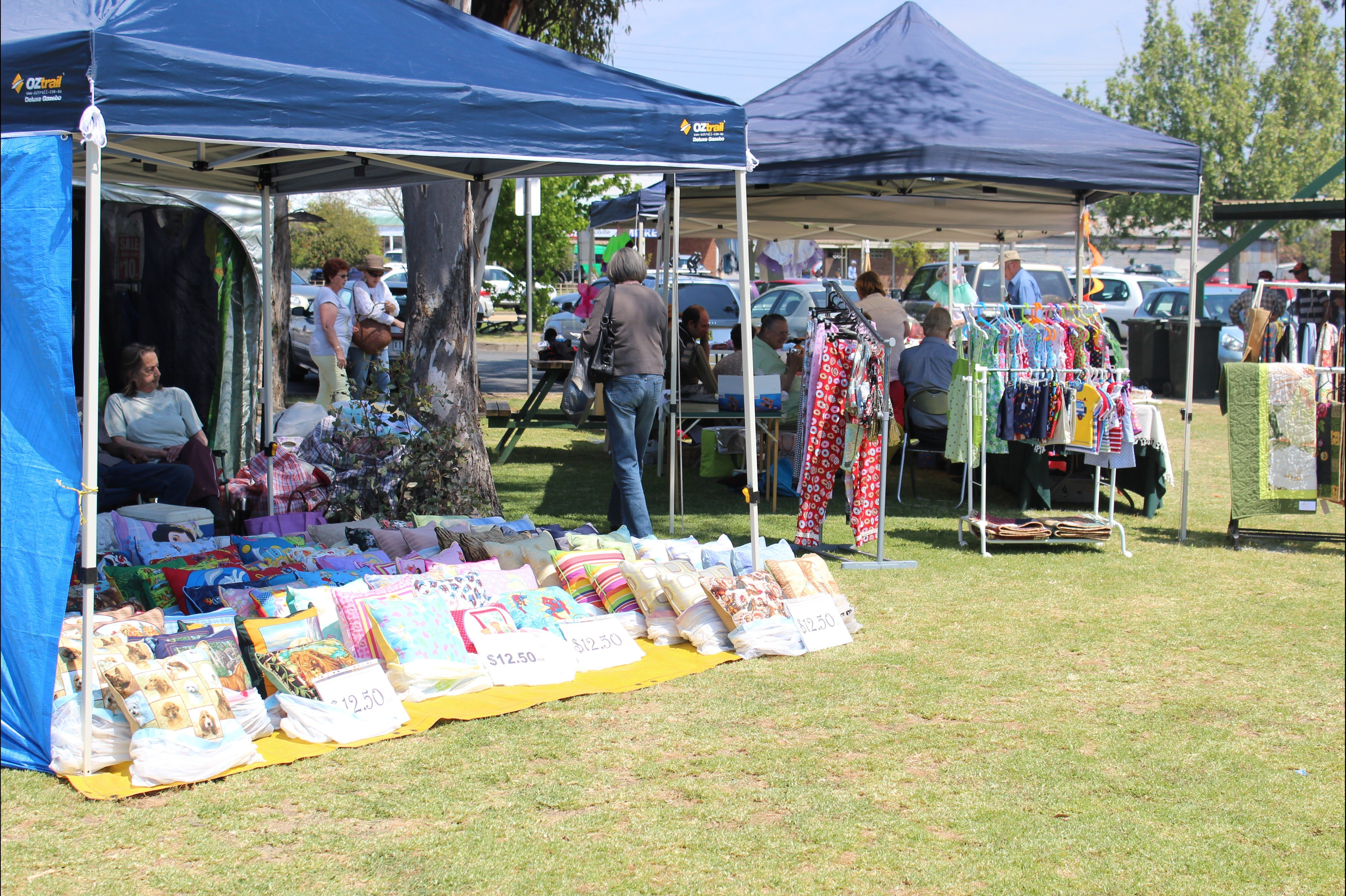 Markets By The Sub - Carnarvon Accommodation