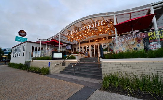 Apollo Bay Hotel - Carnarvon Accommodation