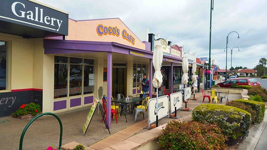 Coco's Cafe - Carnarvon Accommodation