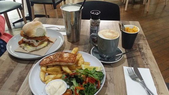 Higher Grounds Cafe Kincumber - Carnarvon Accommodation