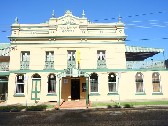 Railway Hotel Armidale  1879 Bistro - Carnarvon Accommodation