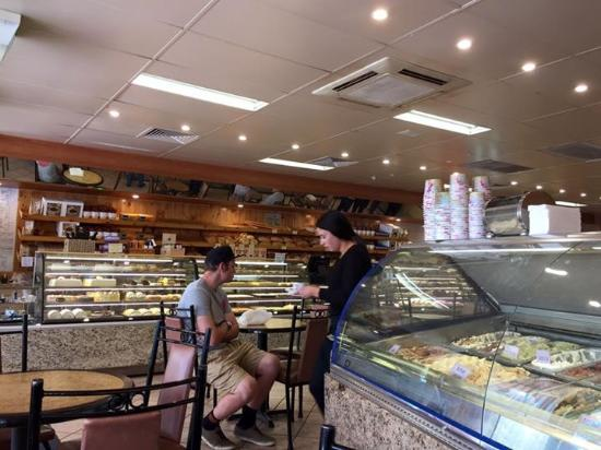 Bertoldo's Bakery - Carnarvon Accommodation