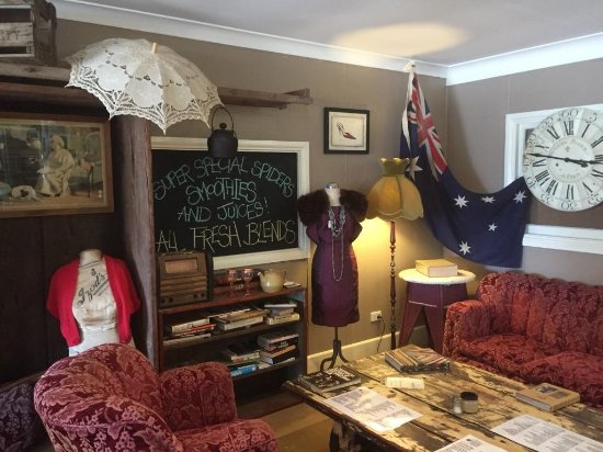 Aussie Outback Wares and Cafe - Carnarvon Accommodation