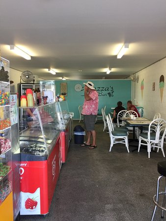 Muzza's Milk Bar - Carnarvon Accommodation