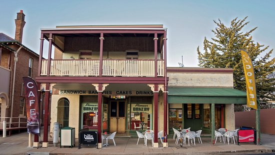 Molong Bakery cafe - Carnarvon Accommodation