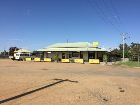 South Hay Hotel - Carnarvon Accommodation