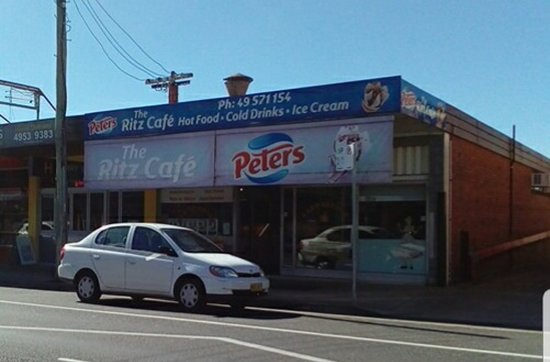 The Ritz Cafe - Carnarvon Accommodation