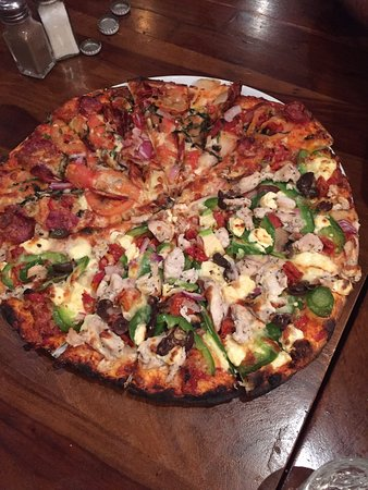 Allegro Pizza - Carnarvon Accommodation