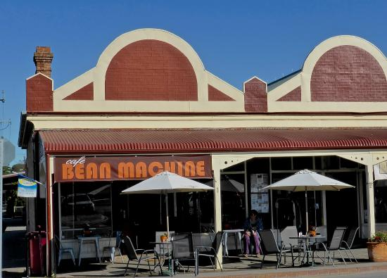 Bean Machine - Carnarvon Accommodation