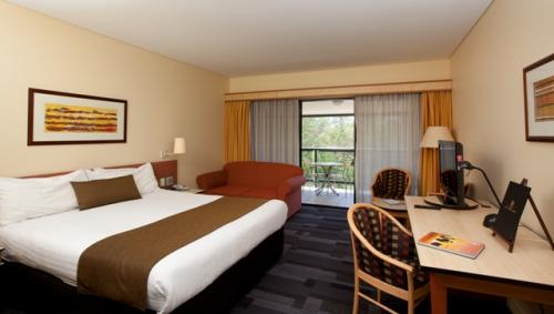 Alice Springs ResortMercure - Carnarvon Accommodation
