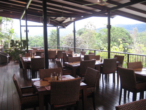 Highlander Tavern Restaurant  Bar - Carnarvon Accommodation