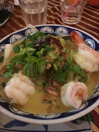 Nam Yeng Vietnamese Thai Food - Carnarvon Accommodation