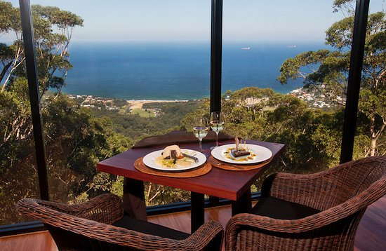 Tumbling Waters Retreat  Restaurant - Carnarvon Accommodation