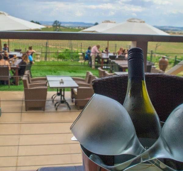 Cottontails Restaurant and Winery - Carnarvon Accommodation