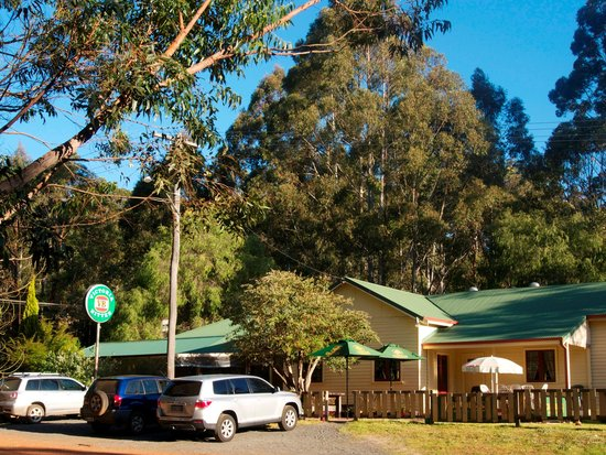 Quinninup Tavern and Restaurant - Carnarvon Accommodation