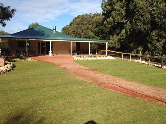 Hanson Bay Wildlife Sanctuary Cafe - Carnarvon Accommodation