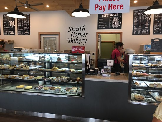 Strath Corner Bakery - Carnarvon Accommodation