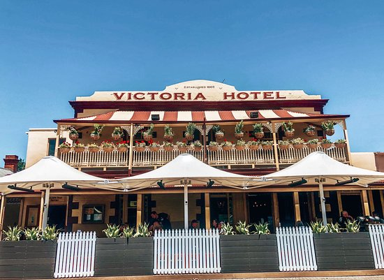Victoria Hotel Bistro - Carnarvon Accommodation