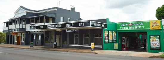 Commercial Hotel Day Dawn Restaurant - Carnarvon Accommodation