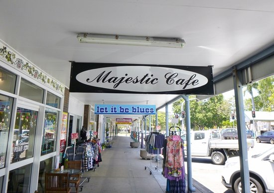 Majestic Cafe - Carnarvon Accommodation