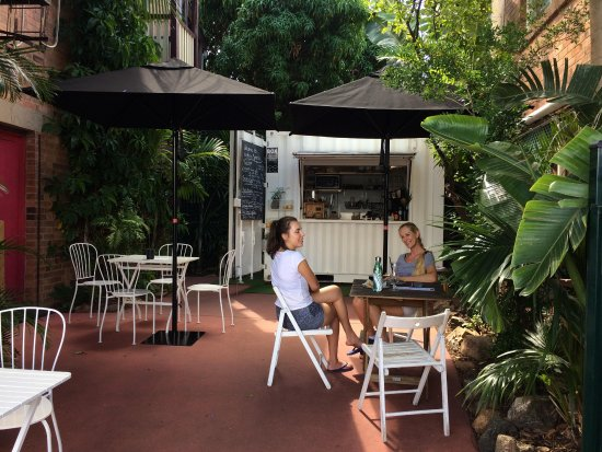 Birdies Espresso - Carnarvon Accommodation