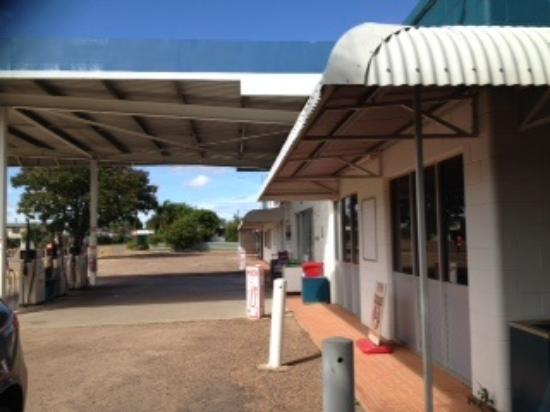 Georgetown Roadhouse - Carnarvon Accommodation