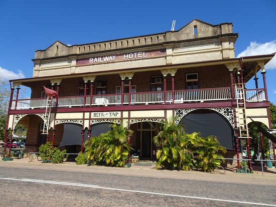 Railway Hotel Pub - Carnarvon Accommodation