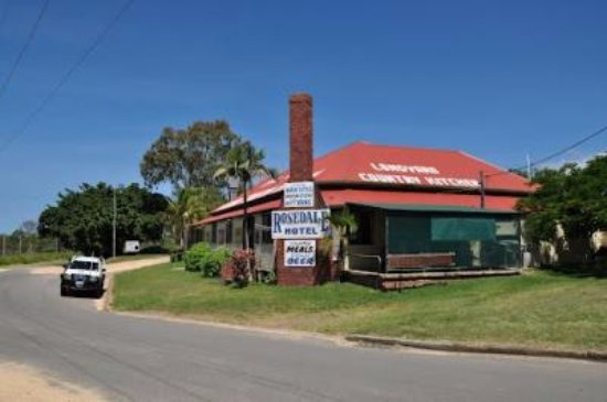 The Royal Hotel and Caravan Park Rosedale - Carnarvon Accommodation