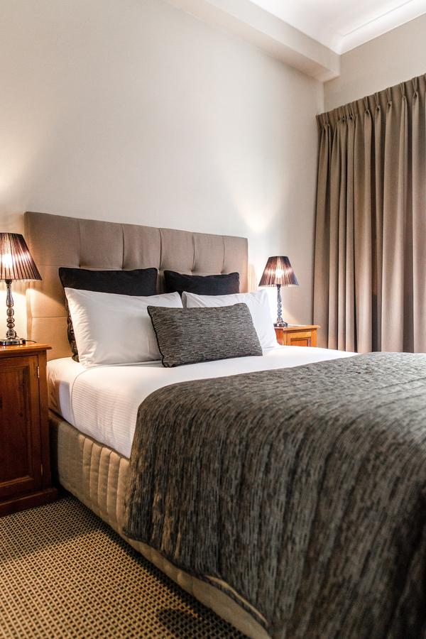 The Belmore All-Suite Hotel - Carnarvon Accommodation