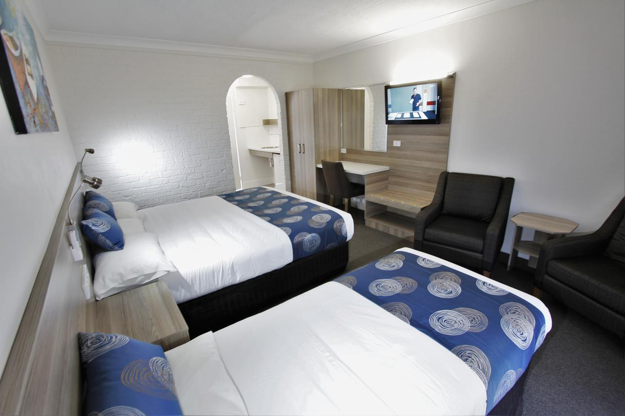 Aston Motel Yamba - Carnarvon Accommodation