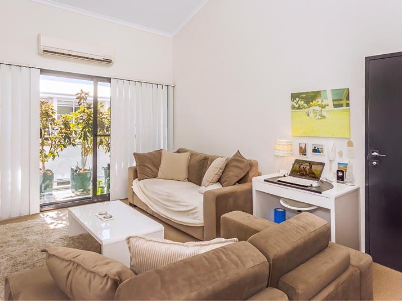 Home Apartment - Perth City Centre - Free WiFi - Carnarvon Accommodation