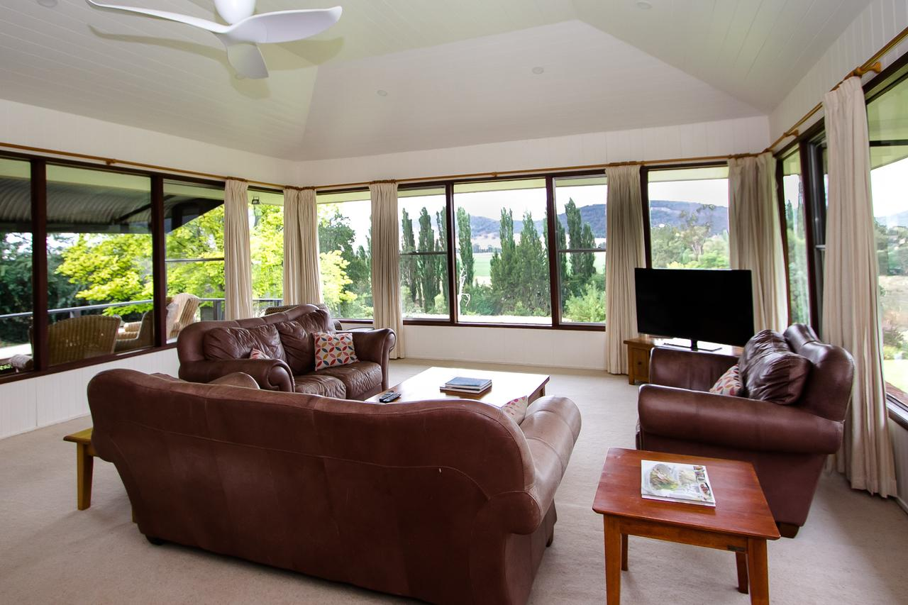 Stay in Mudgee - Carnarvon Accommodation