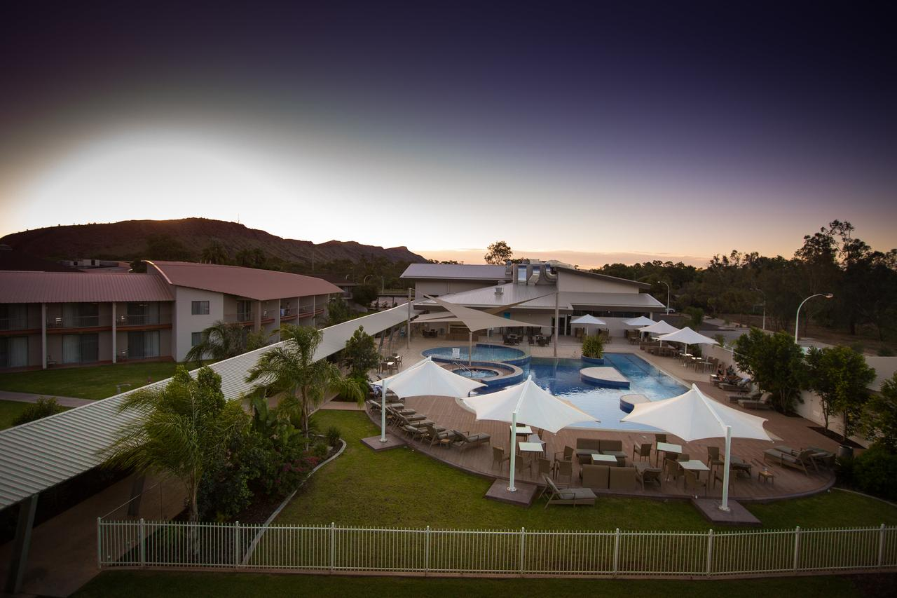 Crowne Plaza Alice Springs Lasseters - Carnarvon Accommodation