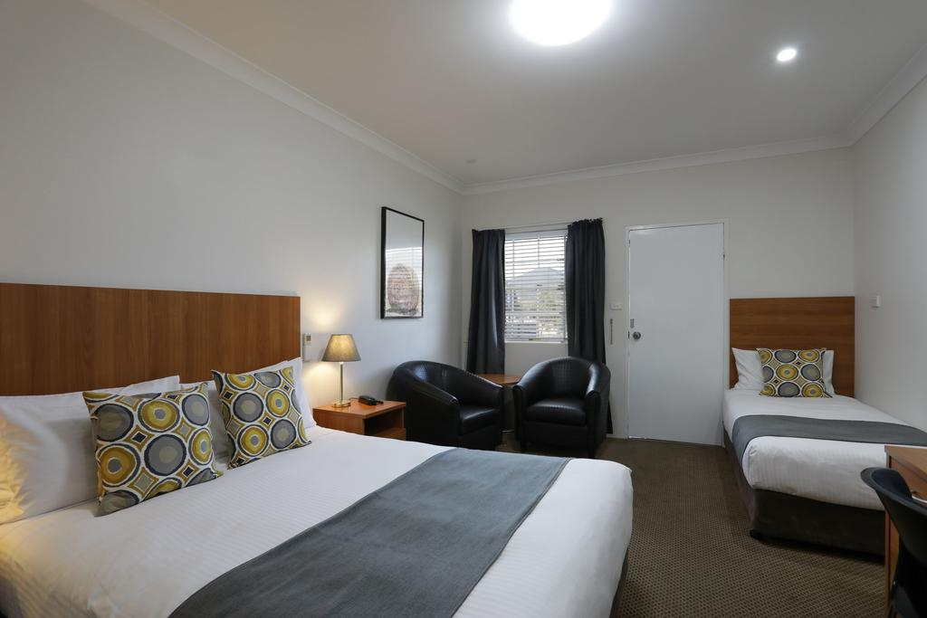 Cadman Motor Inn and Apartments - Carnarvon Accommodation