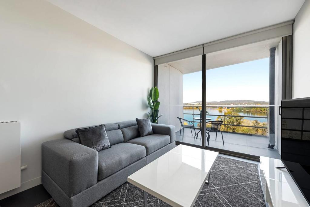 Canberra Luxury Apartment 5 - Carnarvon Accommodation