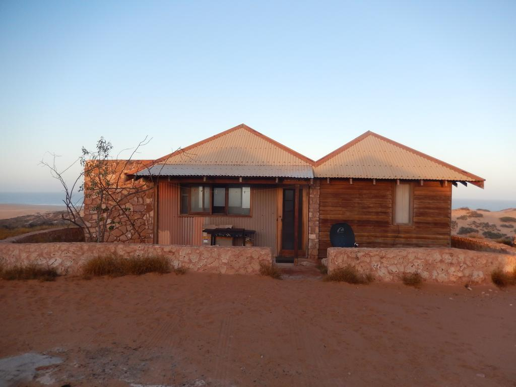 Gnaraloo Station - Homestead - Carnarvon Accommodation